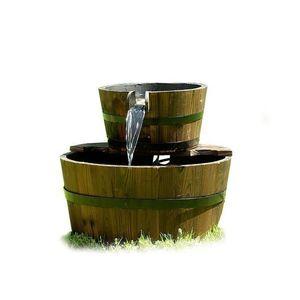 Záhradná fontána - fontána s dvoma drevenými vedrami vyobraziť
