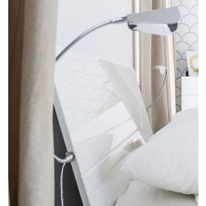 LED osvetlenia cela postele vyobraziť